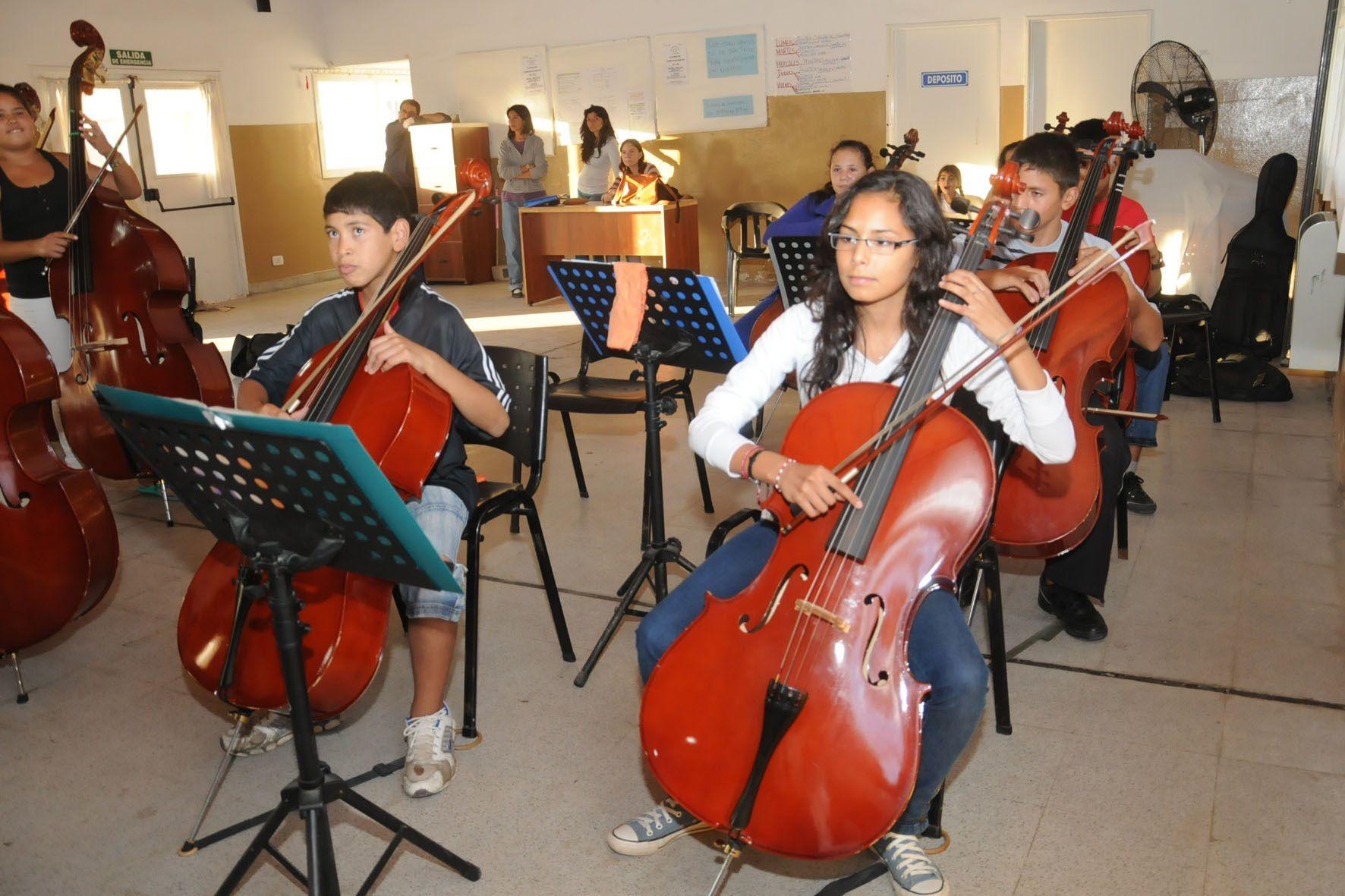 Niños en clase de Música3