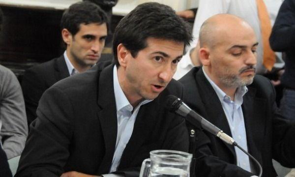 cenzón,ministro de infraestructura pcia ba