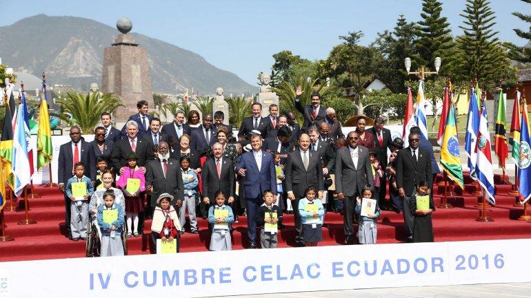 cumbre ecuador