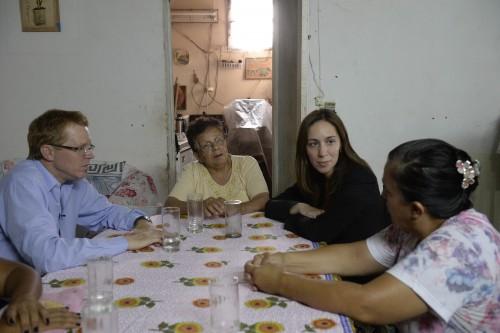 Noticia_chivilcoy_MEV-junto-a-Curutchet-Margarita-y-familia-Escobar-500x333