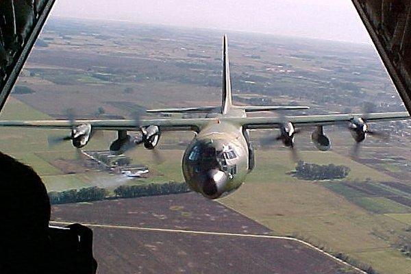 Noticias_chivilcoy_avión en  emergencia