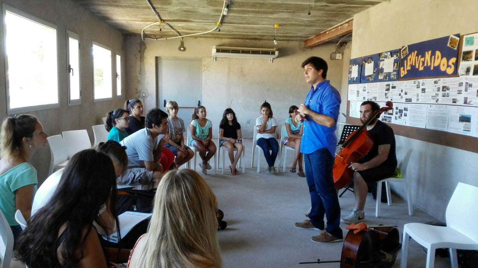 01- Noticias_chivilcoy_1-3-2016 - La Escuela Orquesta de Chascomús  presentó a destacados  violinistas 1