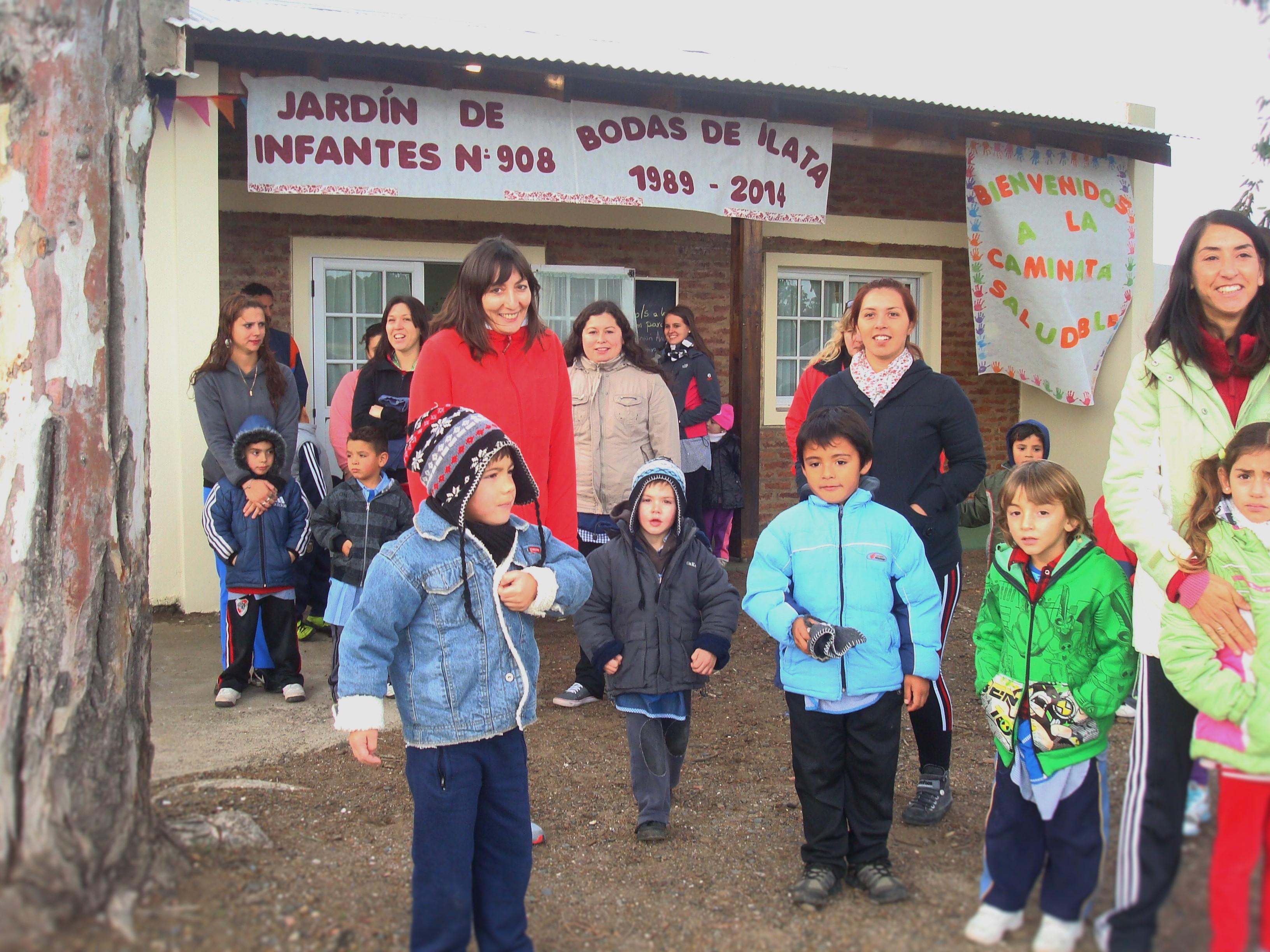 Noticias-chivilcoy-14marzo2016 - Día de las Escuelas de frontera. Sin límites para enseñar y aprender 2