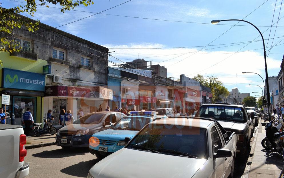 NOTICIAS-CHIVILCOY-PARO-EN-LOS-BANCOS-SINDICATO-8
