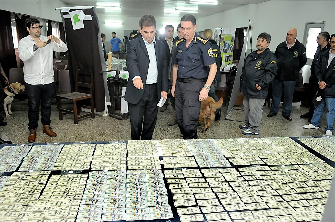 Ritondo presentó resultado de operativos policiales (2)