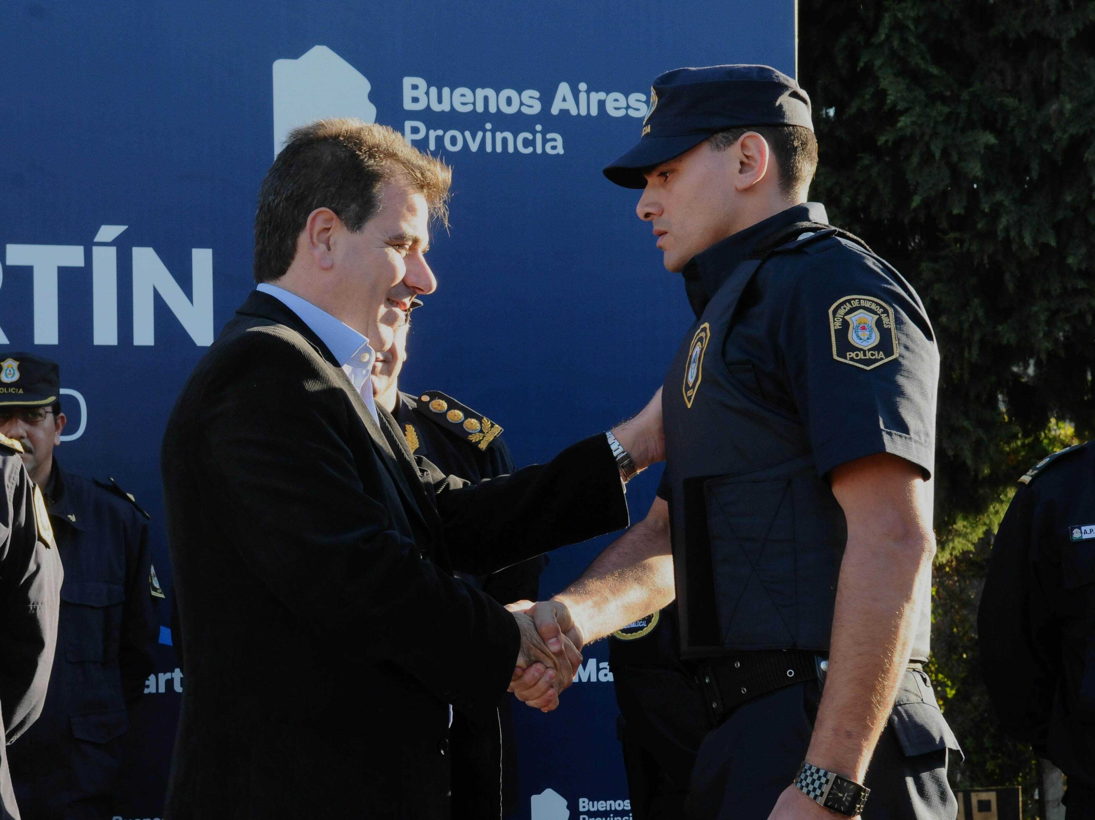 Ritondo presidió egreso de la segunda camada de la Policía Local de San Martín (1)
