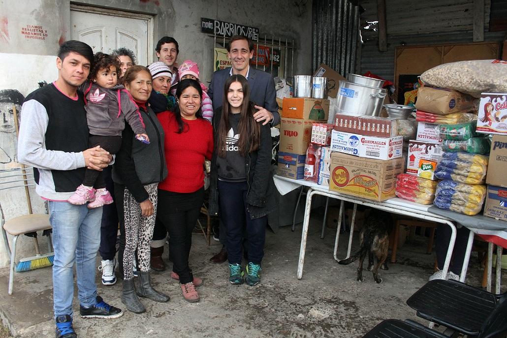 Donación-al-comedor-Todos-por-una-sonrisa
