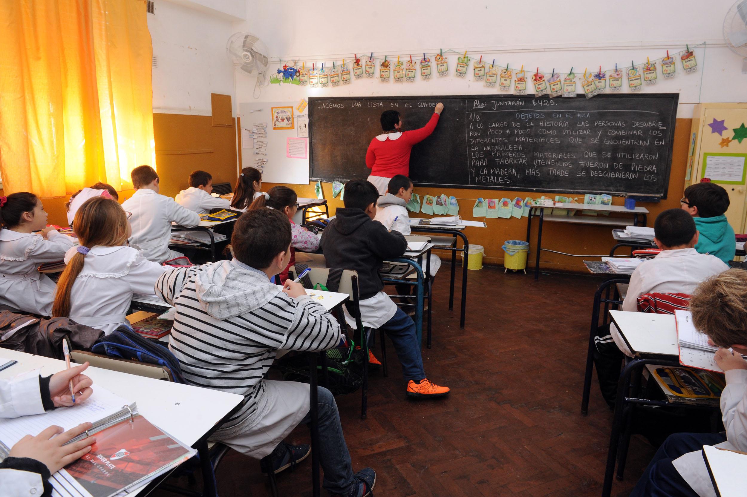 01-08-2016 - Vuelta a clases. Finocchiaro en General Pinto 2
