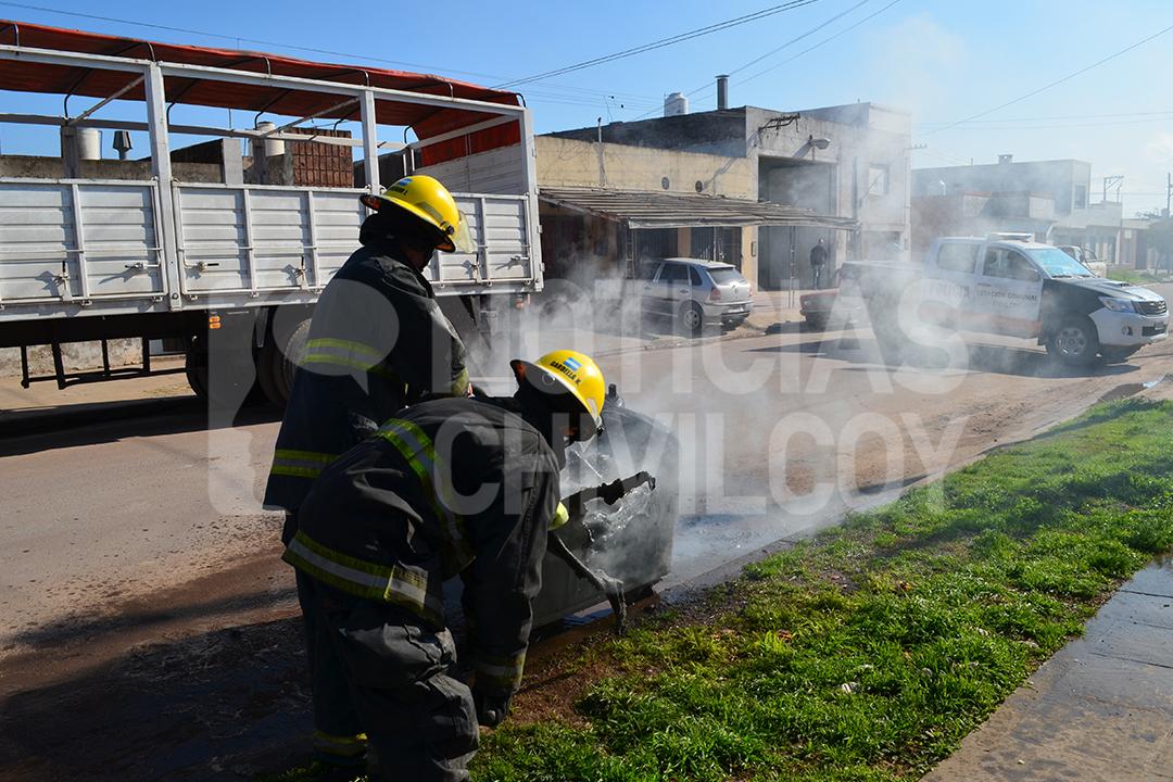 noticias-chivilcoy-incendio-contenedor-2