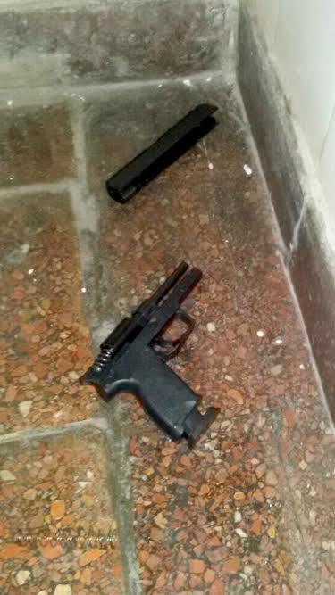pistola de plastico 1
